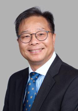 副秘書長鄧炳榮